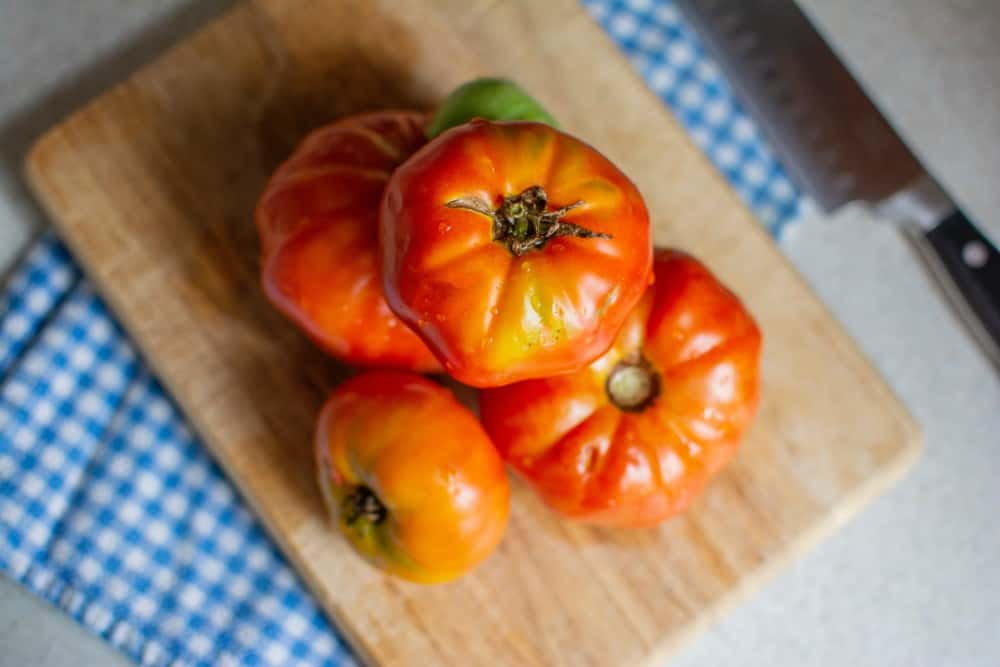 how to grow Cuostralee heirloom tomatoes